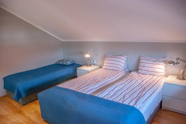 Wygodne łóżka w pokojach
